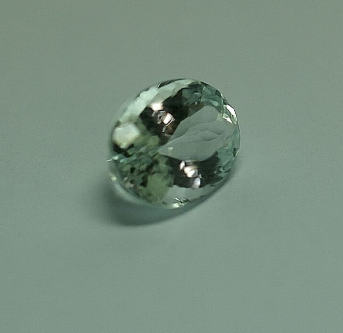 Aquamarine - light blue, 4.74 ct