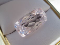 Light Pink Kunzite 25.02 Ct