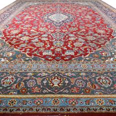 "Keshan - 390 x 277 cm - ""Vintage - Oversized Persian carpet in beautiful condition"" - With certificate."