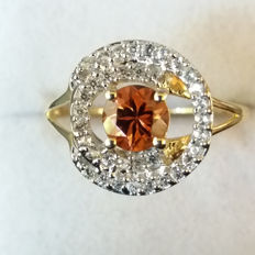 Absolutely Beautiful 'Eye of the Storm' design Genuine Tanzanian Red Zircon yellow gold Coctail ring Rare!