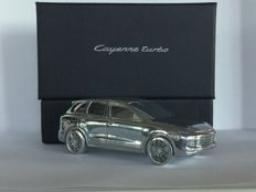 Porsche Cayenne Turbo GII - solid aluminium in luxury packaging Scale 1:43