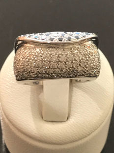 Gold ring with diamonds totalling 1.20 ct - 18kt / 750 white gold, size 57 / 18 mm