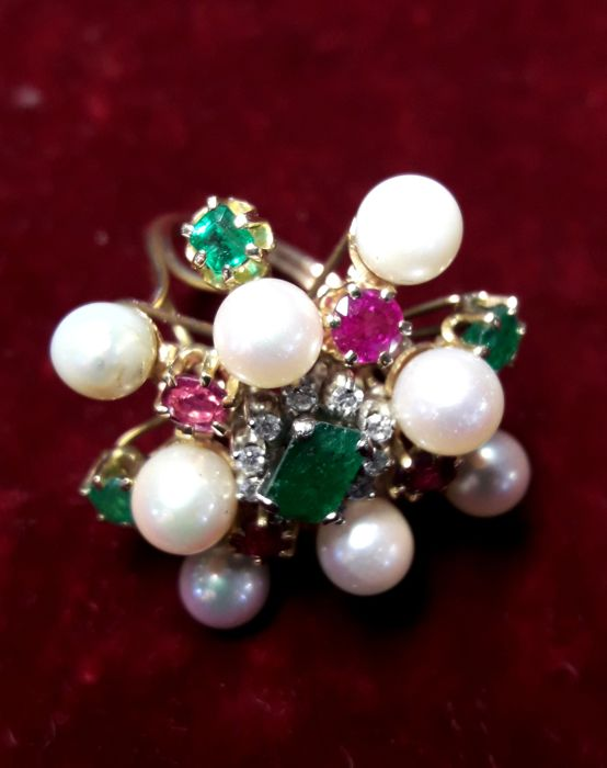 Gold ring with emeralds, rubies, pearls and 1.80 ct diamonds - Size: 12.3 mm / B UK / 1 USA