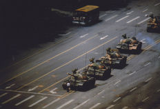 Stuart Franklin (1956) - Magnum Photos - Tank Man - Tiananmen - 1989