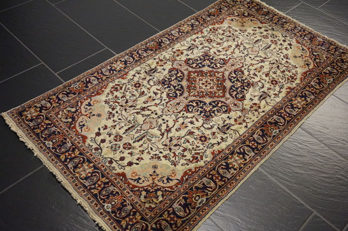 Orient carpet 90 x 160 cm Qom wool with silk made in Pakistan