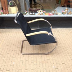 Bas van Pelt for D3 – tubular frame armchair