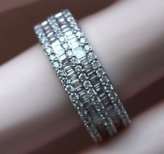 White gold Triple diamond band ring with 0.81 ct Diamonds - Size Eu 17/ 17mm