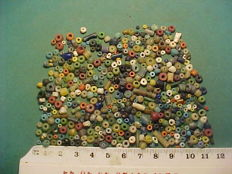 Over 400 Roman period glass, terracotta and stone beads - 0.25-5 mm (500+)