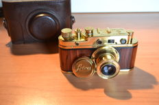 "Zorki-C "" Das Reich 1936 "" copy gold-wood in leather case"