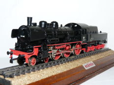 Márklin/Hamo HO - 8398 - Steam locomotive BR 38 ( P8) with tender of the DB