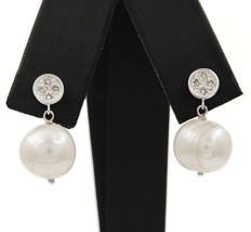750/1,000 (18 kt) white gold - Earrings - Brilliant-cut diamonds - Fresh water pearls - Earring height: 21.00 mm (approx.)