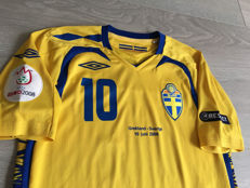 Sweden shirt - legend Zlatan Ibrahimović 10 - Euro 2008 - Greece vs. Sweden.