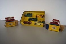 Lesney Matchbox Yesteryear - Various scales - Lot with 'Veteran & Vintage' Gift Set no. G6b, 1911 AEC 'B' Type London Bus no.Y2-1 and 1907 London 'E' Class Tramcar no.Y3-1