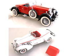 Franklin Mint - Scale 1/24 - Auburn 851 Speedster 1935 - White & Stutz Black Hawk Boattail Speedster 1928