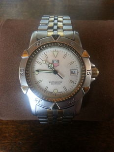 TAG Heuer - Men's Professional Watch - 2000