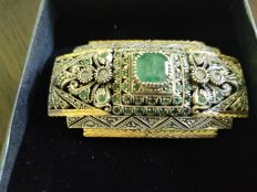 Brooch, Emerald set from early Victoran period( 1840)