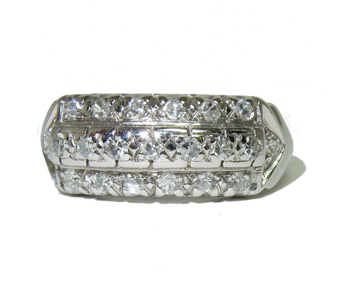 Superb Gold Ring of 3 rows with Diamonds totalling 0.63 ct - Ring size equivalent to 55