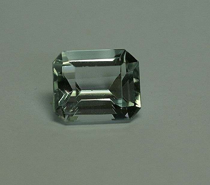 Aquamarine - greenish-blue, 3.14 ct  No reserve