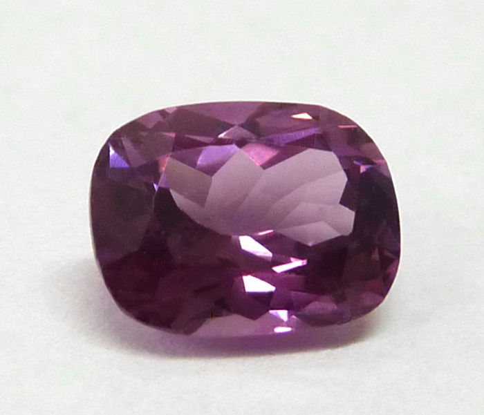 Purple-pink spinel - 2.01 ct.