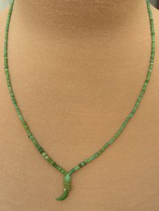 Roman Empire - Necklace with green iridescent glass beads - 46 cm + 2.5 cm.