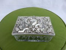 A Vintage Cut Crystal and Silver Plated Hand Made Box , brand TOPÁZIO,1960´s,Portugal