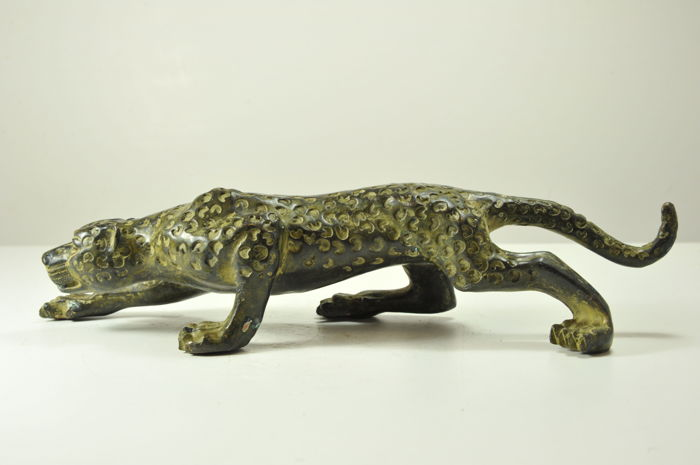 A decorative bronze panther - China - late 20th century