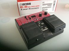 Loop sampler Rolland BOSS RC 30 all instruments: guitar, bass, keyboard, vocals and more