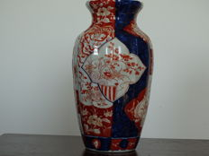 Beautiful Imari baluster vase (30 cm) – Japan – Late 19th century