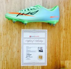 Wayne Rooney #10 / Manchester United - Signed Nike Boot -  with Certificate of Authenticity & Photo Proof