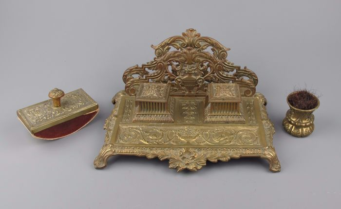 Antique Brass inkstand, Neo Renaissance with letter holder, rolling block and sweeper - circa 1900.