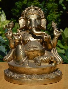 Large, brass Ganesha 3,785 g - India - 2nd half 20th century