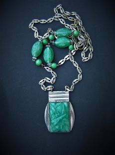 Art Deco necklace with green,  carved pendant
