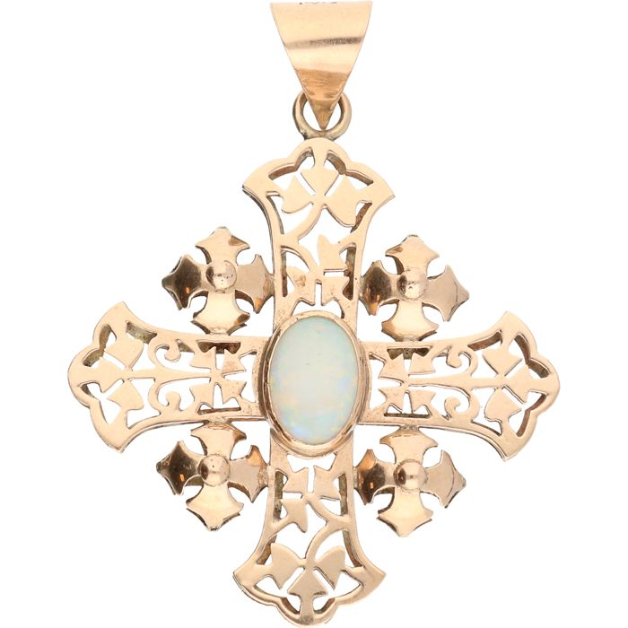 14 kt – Rose gold pendant in the sahpe of a cross with a white oval cabochon cut opal – Length x width: