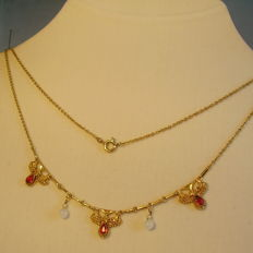 Victorian necklace with Verneuil rubies