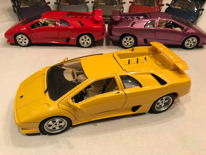 bburago scale 1 18 lot with 8 models 8 x lamborghini diablo catawiki. Black Bedroom Furniture Sets. Home Design Ideas