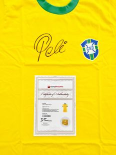 Pele  / Brasil - Signed Home Jersey -  with Certificate of Authenticity