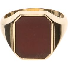 14 kt Yellow gold signet ring set with carnelian – Ring size: 20.25 mm