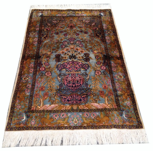 Fine Quality Hand Knotted Turkish Pictorial Herekey Silk Carpet Area Rug 157 cm x 93 cm