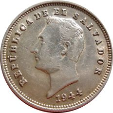El Salvador – 25 silver cents.  Republic of El Salvador. 1944. Bust of Francisco Morazán.