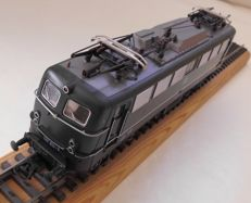 Roco H0 - 4136A - Electric locomotive BR140 of the DB