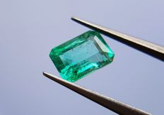 Intense Green Emerald - 1.03 ct