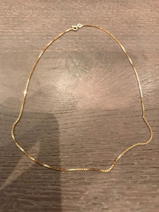 14 kt gold necklace, length: 38 cm
