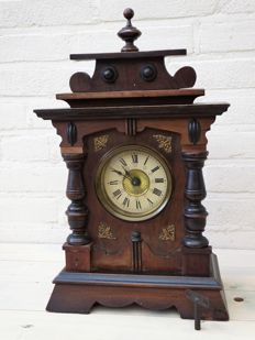 German Table Clock – 1929-1930 period with music box