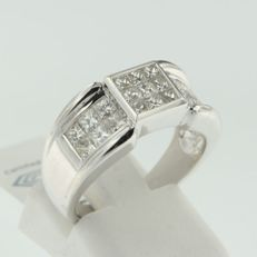 White gold ring with 21 princess cut diamonds with a total of approx. 1.31 ct H-I/VVS-VS