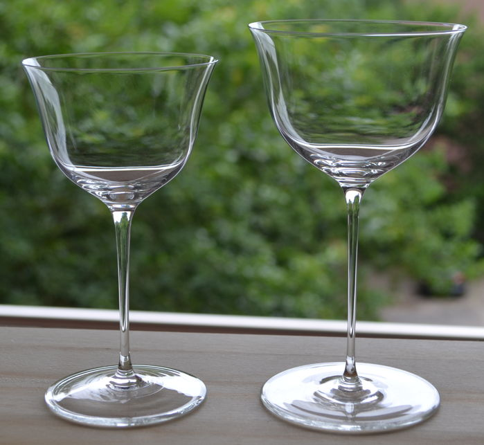 "J. & L. Lobmeyr - 2 wine glasses ""The Patrician"" - design Josef Hoffmann"
