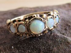 Handmade Gold ring with five natural Opals. NO RESERVE PRICE.