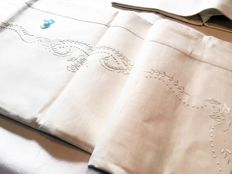 Christmas gift idea - New - hand embroidered - by Zucchi company: an elegant simplicity