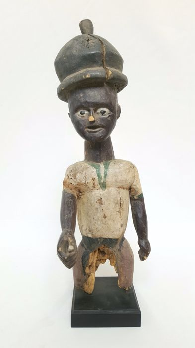 Colon statue - BAULE - Ivory Coast
