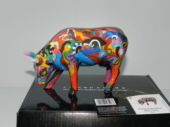 Cowparade - Partying With Pi Cow - Artist Allison Gregory