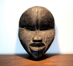 impressive face mask 'deangle' - DAN - Ivory Coast or Liberia